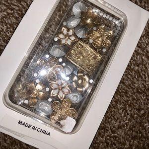 Accessories - Ornate detailed fine iPhone 5 cover NIB